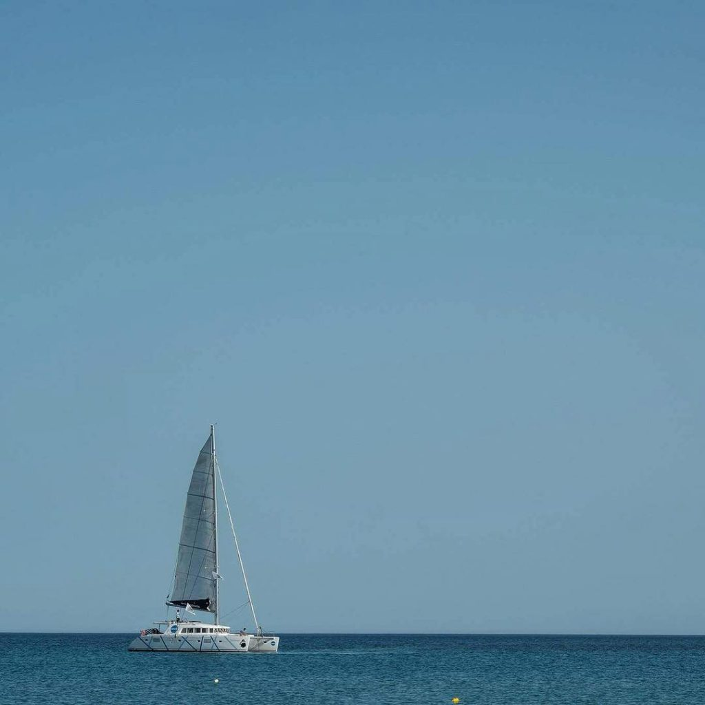 Coboat sets sail