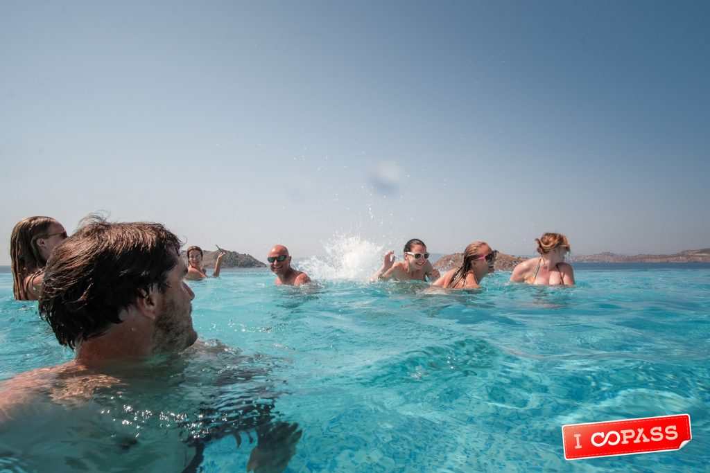 Coboaters making a splash